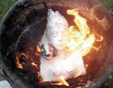 Beim Brennen mischt die Natur mit