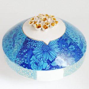 Tierurne aus Keramik