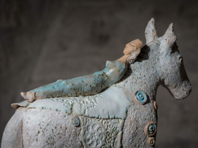 Skulptur Plastik Keramik Ton Pferd Keramikkunst Kunst
